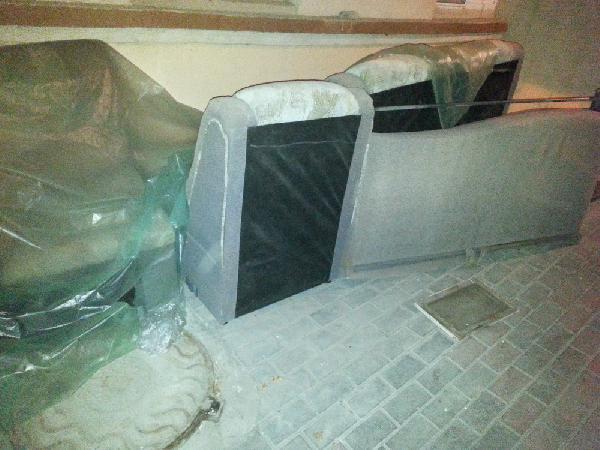 Заказать машину перевезти диван угловой по Ростову-на-Дону