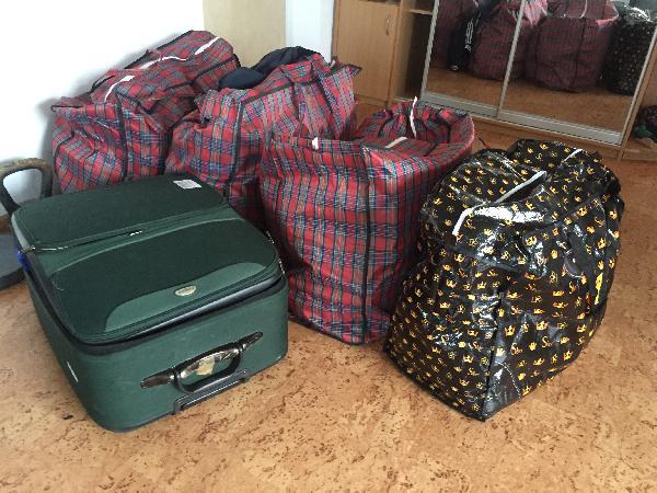 Дешево перевезти личные вещи из Севастополь в Санкт-Петербург