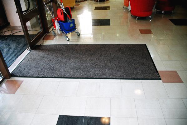 Стоимость перевезти ковры профессиональные из резины и текстиля догрузом из Иркутск в Улан-Удэ