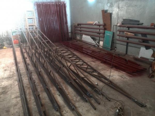 Автодоставка металлоконструкций частники из Оренбург в Тоцкое Второе