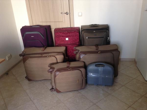 Заказать машину перевезти коробки и чемоданы из Севастополь в Москва