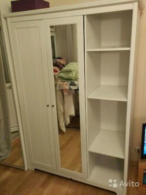 Доставка платяного шкафа в квартиру по Москве