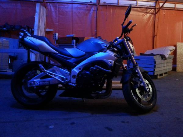 Заказать перевозку мотоцикла  из Москва в Ростов-на-Дону