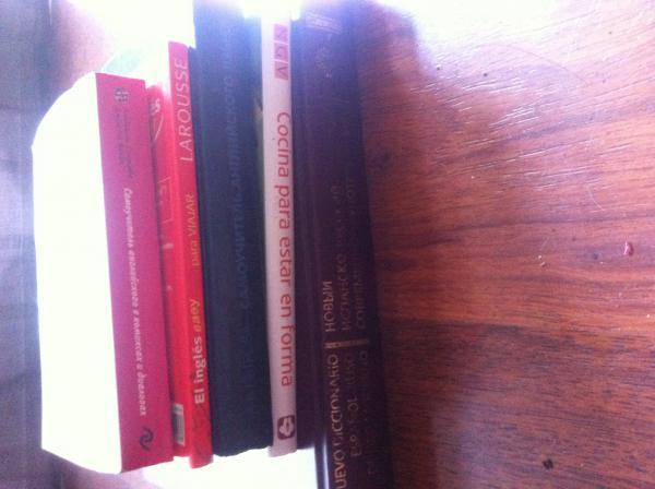 Заказать газель перевезти  книги из Россия, Москва в Испания, Барселона