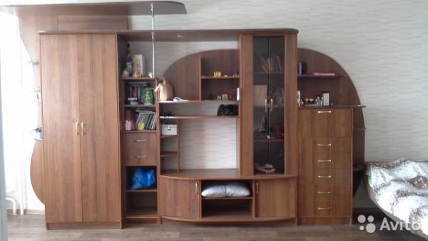Сколько стоит перевезти мебельная стенка, диван 3-местный из Московский в Москва