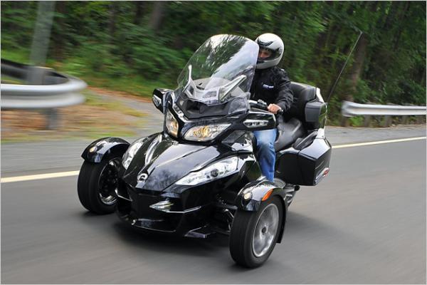 Услуги эвакуатора для мотоцикла стоимость из Россия, Санкт-Петербург в Болгария, Слынчев-Бряг