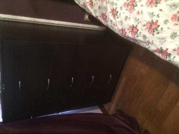 Перевезти угловой диван, стеллаж, комод, пуфик, средние коробки на дачу из Химки в Задне-Пилево