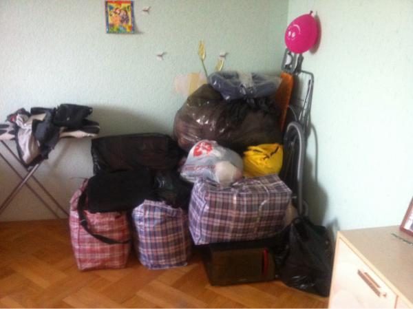 Доставка вещей на фото плюса детской кроватки 1, 8х0, 9 в квартиру из Москва (п Филимонковское) в Санкт-Петербург
