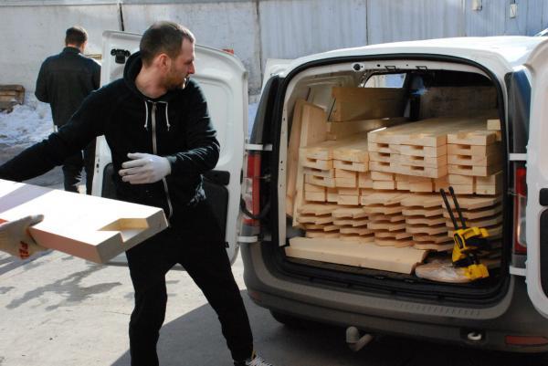 Заказ машины перевезти доски напиленные на срезанных станках из Россия, Тольятти в Монголия, Улан-батор