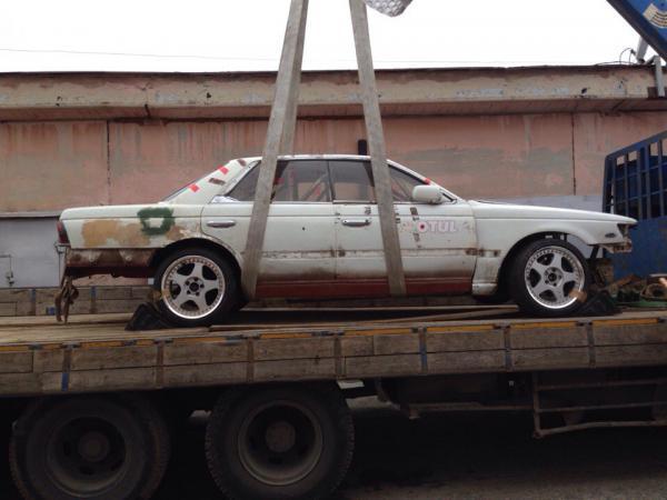 Перевезти легковую машину стоимость из Екатеринбург в Уфа