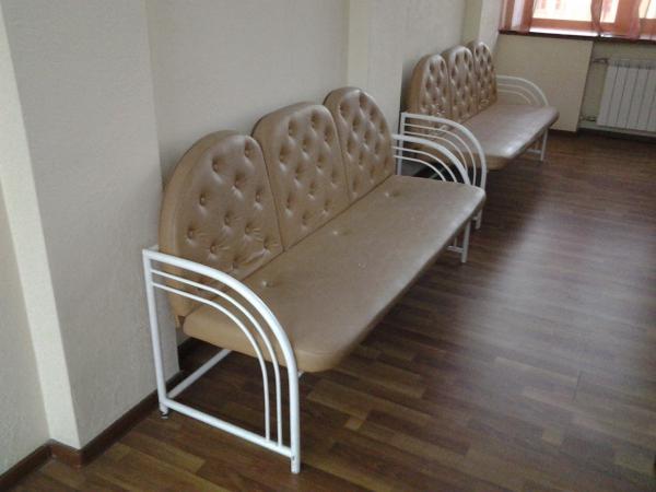 Доставка кресла среднего, дивана 2-местного, дивана 3-местного, стола для 4-х персон И меньше из Санкт-Петербург в Оксочи