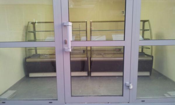 доставка холодильных витрин догрузом из Ростов в Краснодар
