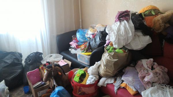 Дешевая доставка шкафа, дивана 2-местного, письменного стола, стеллажа по Москве