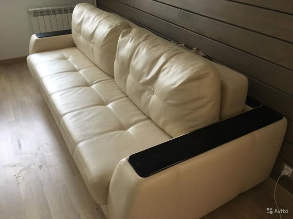 Дешевая доставка дивана 3-местного по Москве