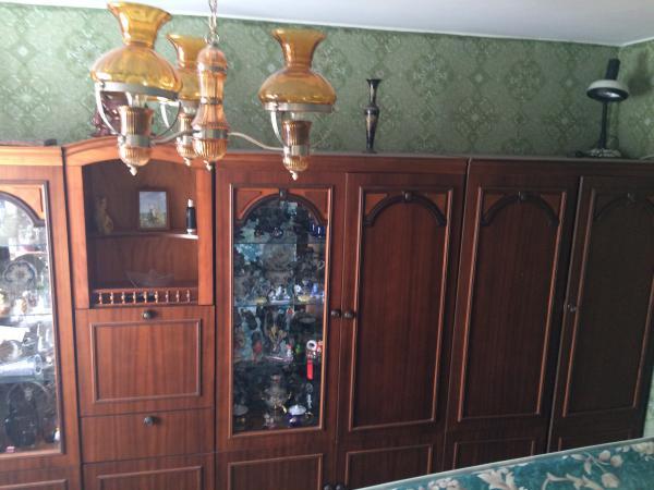 Перевозка стенки (времена ссср), шкафа купе двухдверного, стиральной Машиной, двух полок С книгами + кигов отдельно, посуды, части кухонного гарнитуры лежа из Москва в Сергиев Посад