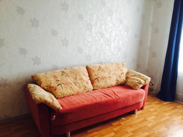 Заказать газель для перевозки дивана 3-местного из Санк в Сыктывкар
