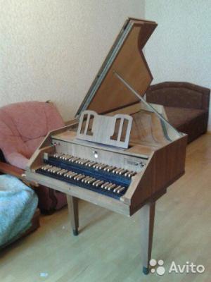 Перевозка клавесина, музыкального инструмента дешево из Москва в Санкт-Петербург