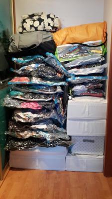 Заказ машины переезд перевезти мелкие коробки, сумки, пакеты, беговел И самокат на 4 летнего ребёнка из Россия, Санкт-Петербург в Германия, Берлин