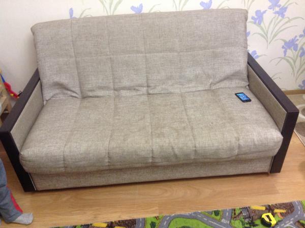 Перевезти диван 2-местный, калощница, телевизор жк, средние коробки, мешки строительные на дачу по Москве