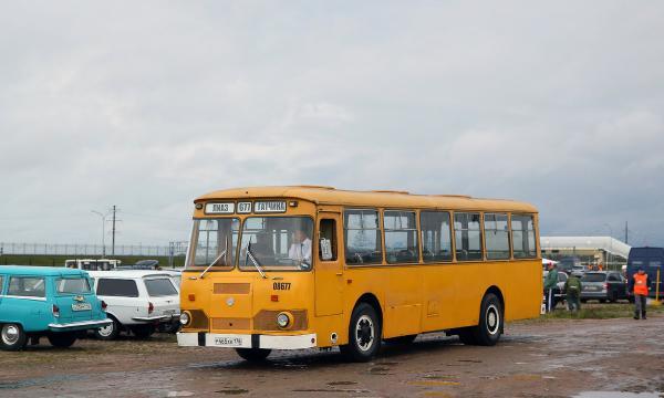Транспортировать автобус  из Заозерный в Дмитров