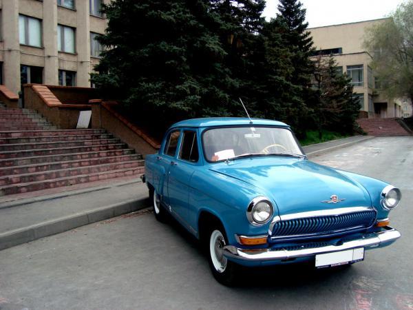 Отправить автомобиль на автовозе из Новотроицк в Москва