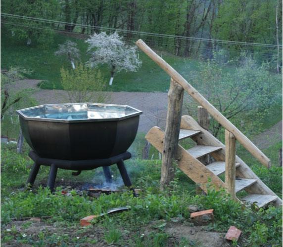 Заказать газель перевезти метеллический чан И деревянный лестницу из Можайск в Убинская