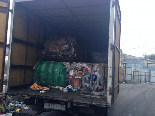 Перевозка автотранспортом пнд, прессованого пластика низкого давлений из Москва в Ленинский район