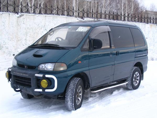 Доставить легковую машину стоимость из Хабаровск в Томск