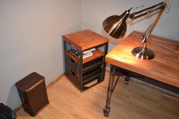 Отправка мебели : Стол письменный лампа настольная из Брянска в Воронеж