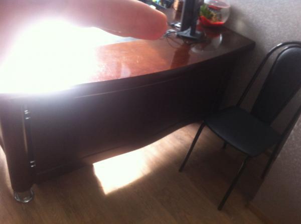 Перевезти письменный стол, тумбы пода стол 2 шт. из Волгодонска в Таганрог