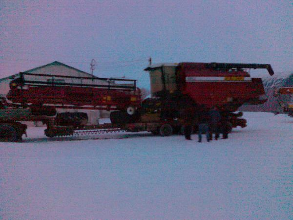 Перевозка зерноуборочный комбайн палессе gs12 с жаткой из Белоруссия, Гомель в Россия, Липецкий район