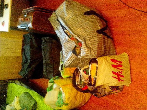 Доставка личные вещи:  6-7 больших сумок с вещами по Москве
