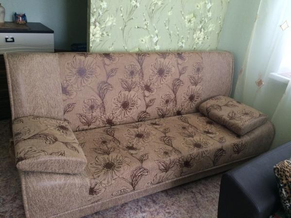 Заказ грузовой машины для транспортировки личныx вещей : Диван-кровать из Воронежа в Анну
